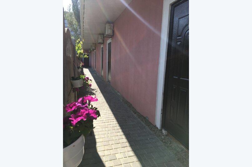 """Гостевой дом """"Виктория """", Прорезная улица, 4 на 10 комнат - Фотография 37"""