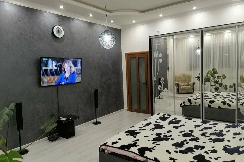 Коттедж-эллинг поэтажно, 60 кв.м. на 4 человека, 2 спальни, Приозёрная улица, 62, Партенит - Фотография 11