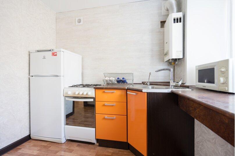 1-комн. квартира, 33 кв.м. на 3 человека, улица Новаторов, 11, Казань - Фотография 9