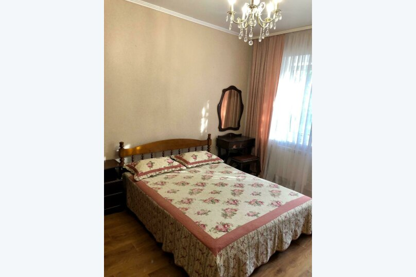 Дом, 50 кв.м. на 4 человека, 2 спальни, Галерейный переулок, 4, Феодосия - Фотография 1