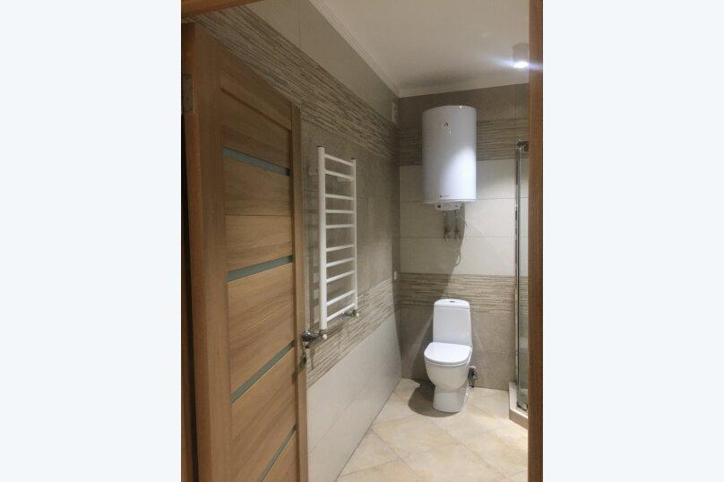 2-комн. квартира, 55 кв.м. на 5 человек, улица Бирюлёва, 99, Севастополь - Фотография 16