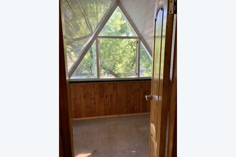 Благоустроенный бревенчатый дом, 57 кв.м. на 8 человек, Пограничная улица, 20, Геленджик - Фотография 12