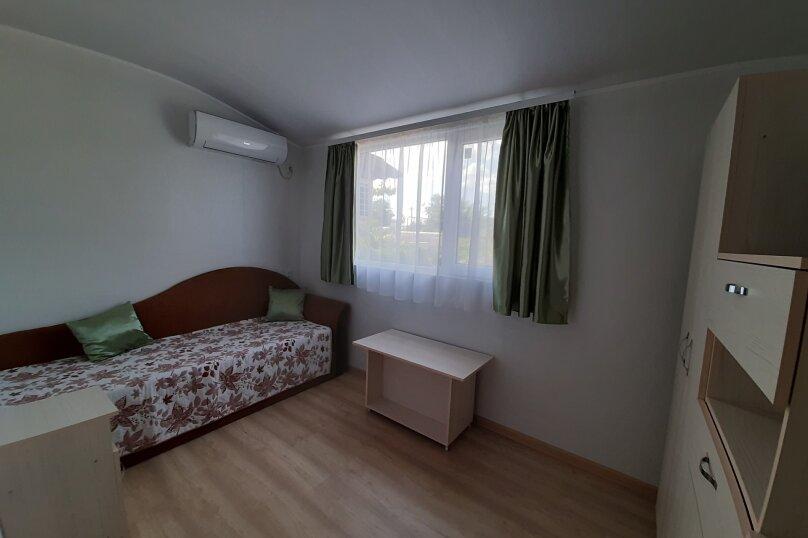 Двухэтажный домик с террасой  у самого Черного моря, 60 кв.м. на 6 человек, 2 спальни, улица Ивана Франко, 16, Евпатория - Фотография 11