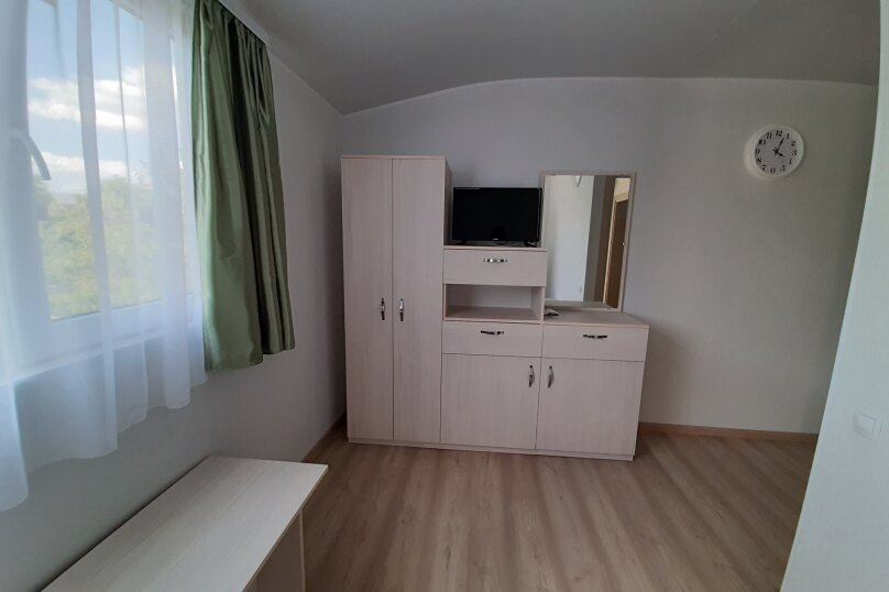 Двухэтажный домик с террасой  у самого Черного моря, 60 кв.м. на 6 человек, 2 спальни, улица Ивана Франко, 16, Евпатория - Фотография 12