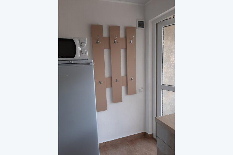 Двухэтажный домик с террасой  у самого Черного моря, 60 кв.м. на 6 человек, 2 спальни, улица Ивана Франко, 16, Евпатория - Фотография 14