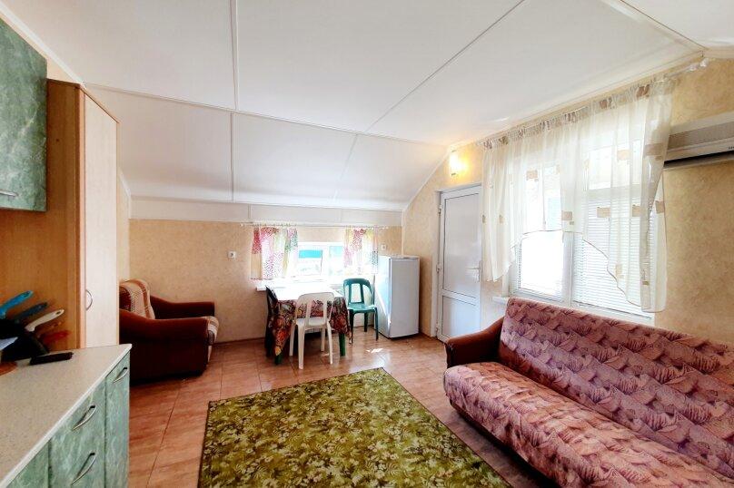 Отдельная комната, улица Толстого, 38А, Геленджик - Фотография 1