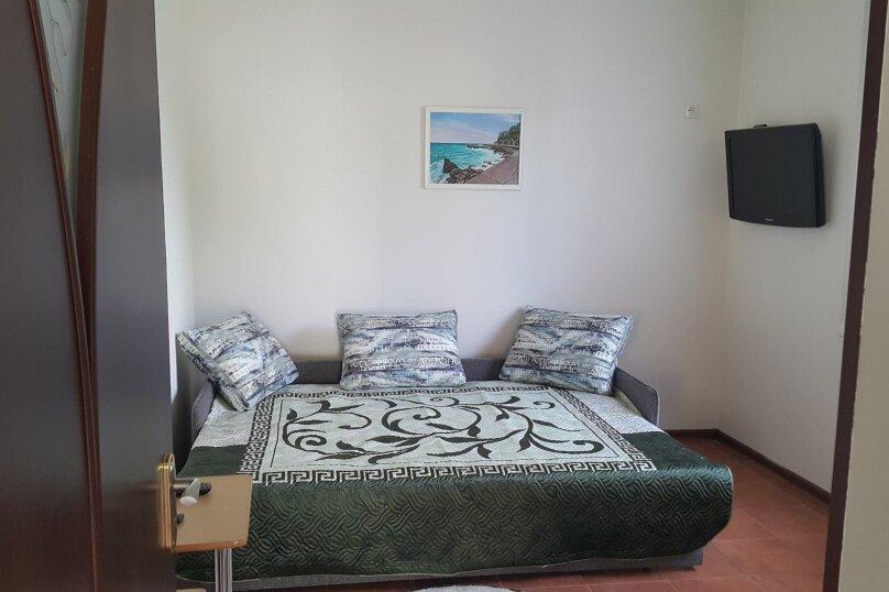 Дом, 50 кв.м. на 5 человек, 2 спальни, улица Калинина, 26, Алупка - Фотография 3