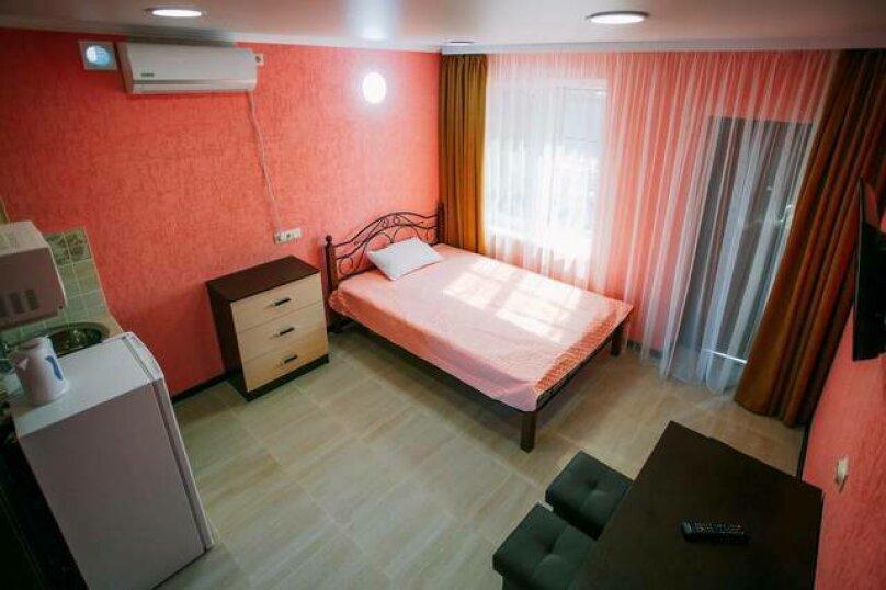 Гостевой дом «Василиса», Крымская улица, 14 на 6 комнат - Фотография 2