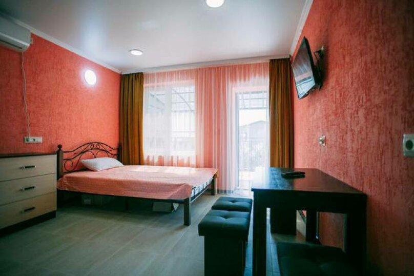 Гостевой дом «Василиса», Крымская улица, 14 на 6 комнат - Фотография 5
