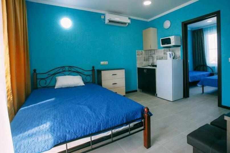 Гостевой дом «Василиса», Крымская улица, 14 на 6 комнат - Фотография 18