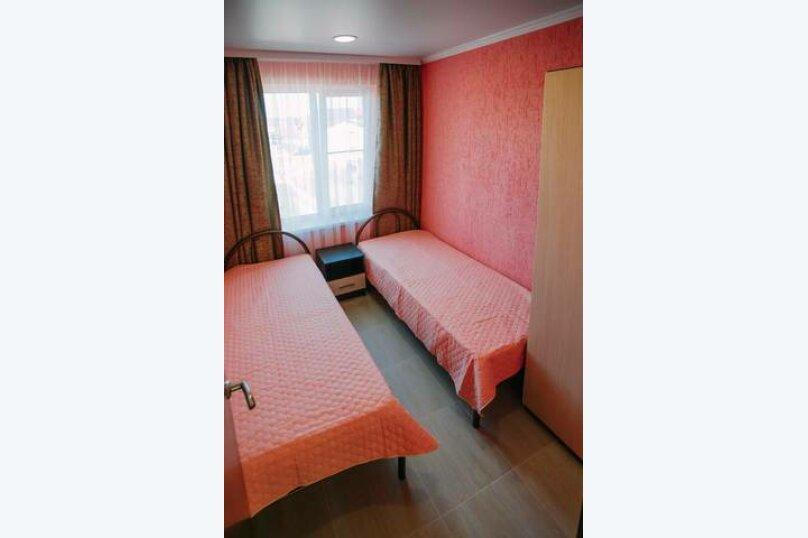 Гостевой дом «Василиса», Крымская улица, 14 на 6 комнат - Фотография 25