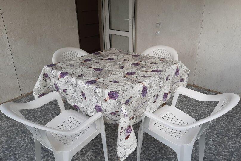 Двухэтажный домик с террасой  у самого Черного моря, 60 кв.м. на 6 человек, 2 спальни, улица Ивана Франко, 16, Евпатория - Фотография 16
