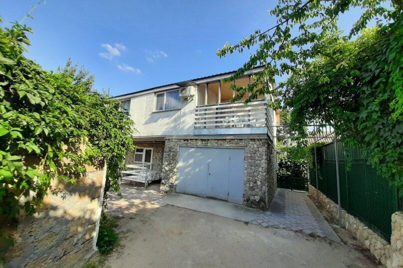 Двухэтажный домик с террасой  у самого Черного моря, 60 кв.м. на 6 человек, 2 спальни, улица Ивана Франко, 16, Евпатория - Фотография 1