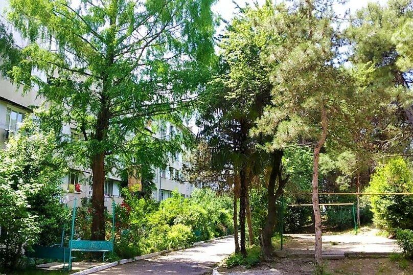 2-комн. квартира, 65 кв.м. на 6 человек, улица Павлова, 75, Лазаревское - Фотография 24