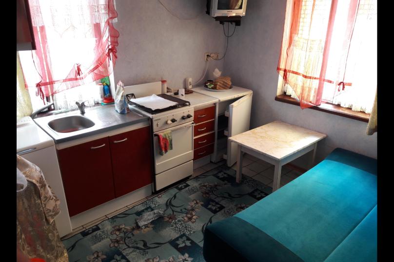 """Гостевой дом """"Коктебель"""", Арцеулова, 13 на 8 комнат - Фотография 9"""