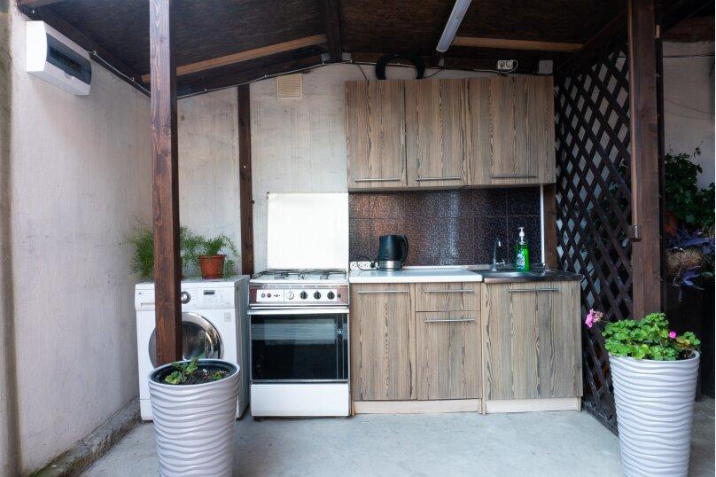 """Частный дом """"Milana"""", Черноморская улица, 16 на 9 комнат - Фотография 5"""