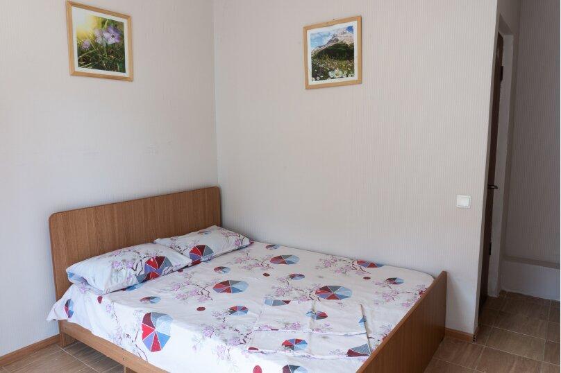 """Частный дом """"Milana"""", Черноморская улица, 16 на 9 комнат - Фотография 7"""