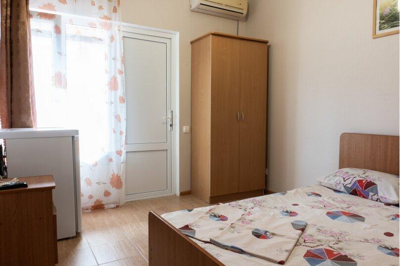 """Частный дом """"Milana"""", Черноморская улица, 16 на 9 комнат - Фотография 8"""