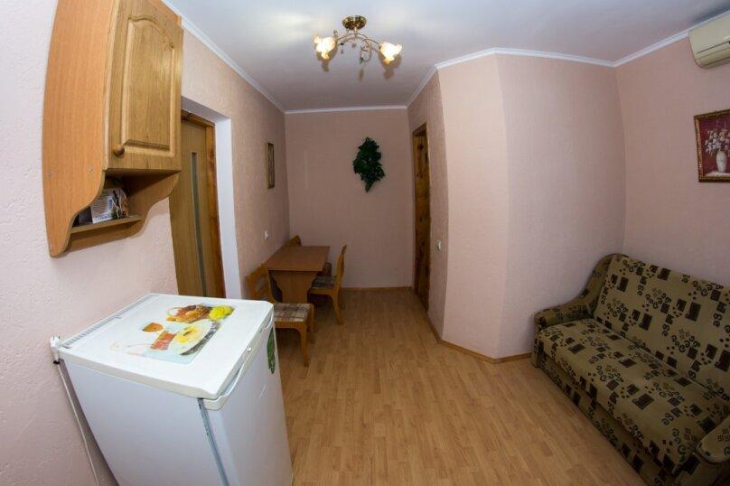 """Гостевой дом """"Солнечная Долина"""", Озёрная улица, 2 на 6 комнат - Фотография 28"""