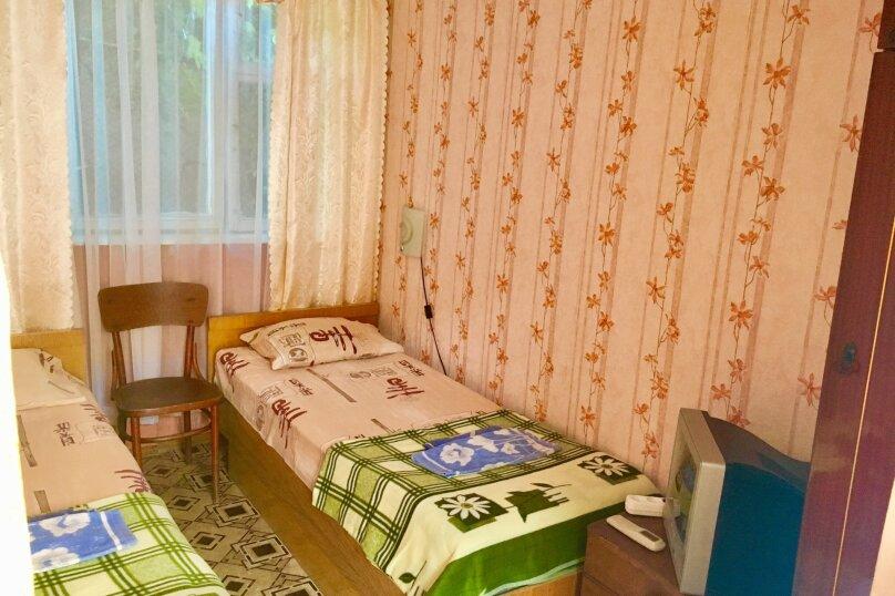 """Гостевой дом """"У Людмилы"""", Школьная улица, 3 на 15 комнат - Фотография 37"""