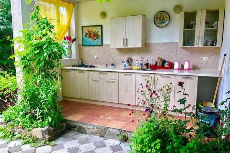 """Гостевой дом """"У Людмилы"""", Школьная улица, 3 на 15 комнат - Фотография 39"""