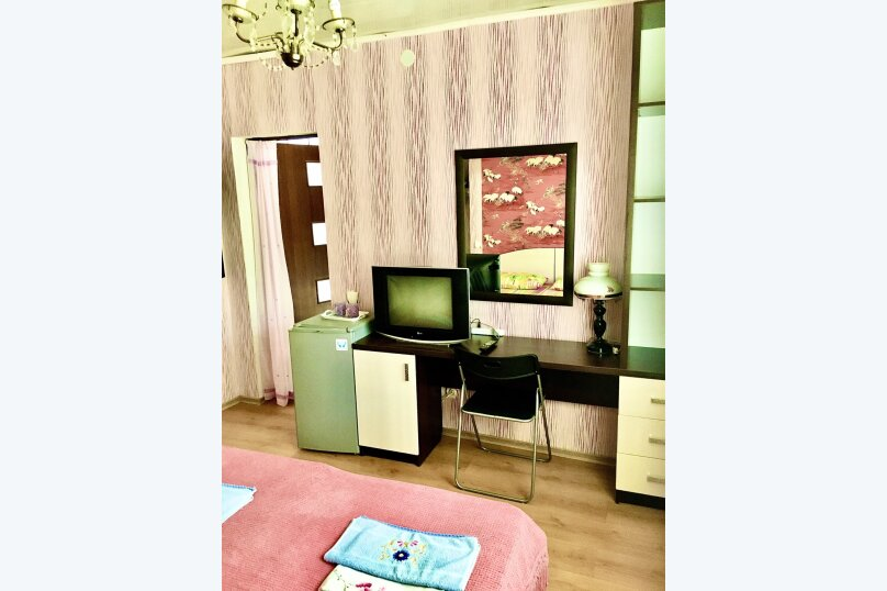 """Гостевой дом """"У Людмилы"""", Школьная улица, 3 на 15 комнат - Фотография 41"""