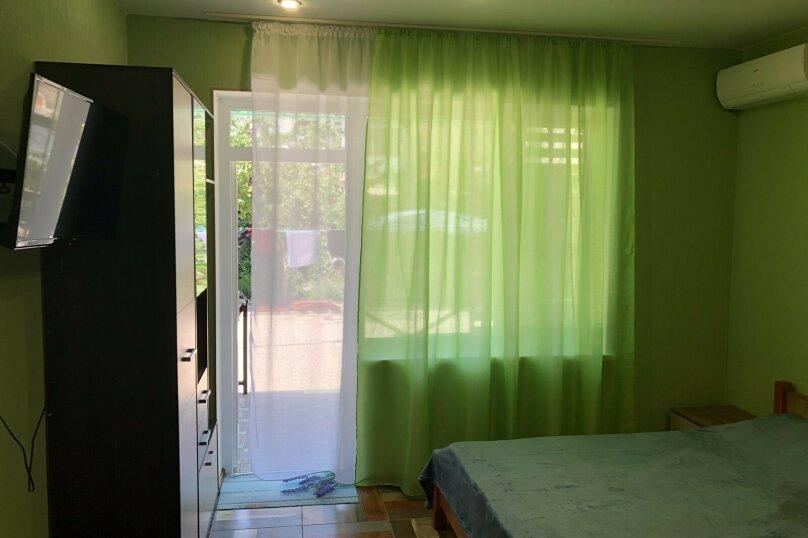Номер с удобствами на 4 человека, улица Истрашкина, 22б, Уютное, Судак - Фотография 4