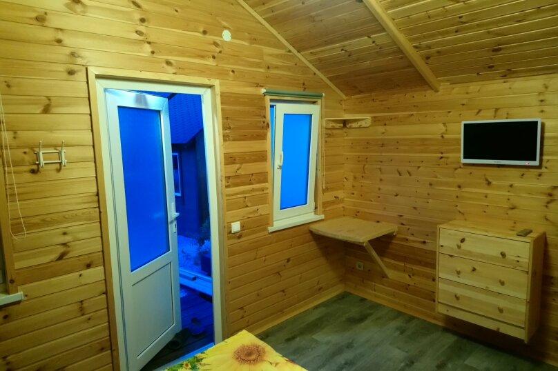 Деревянный садовый домик на набережной , 12 кв.м. на 2 человека, 1 спальня, улица Герцена, 25, Геленджик - Фотография 3