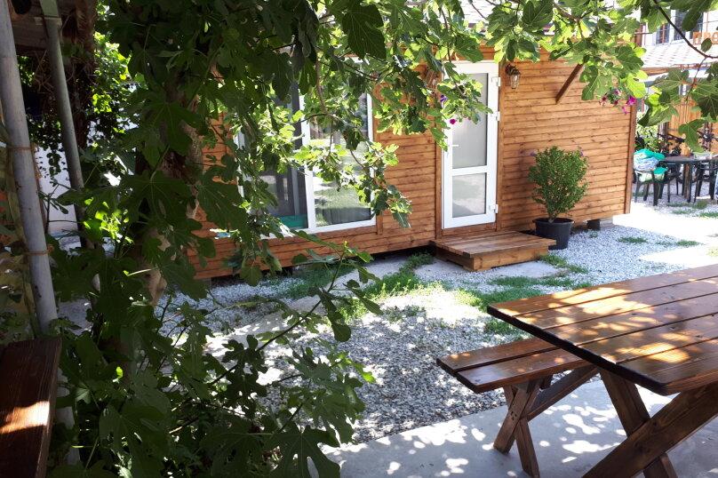 Деревянный садовый домик на набережной , 12 кв.м. на 2 человека, 1 спальня, улица Герцена, 25, Геленджик - Фотография 23