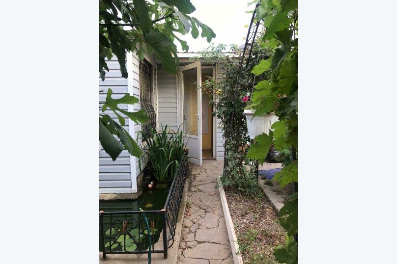 Дом под ключ , 108 кв.м. на 6 человек, 2 спальни, Морская, 162, Евпатория - Фотография 1