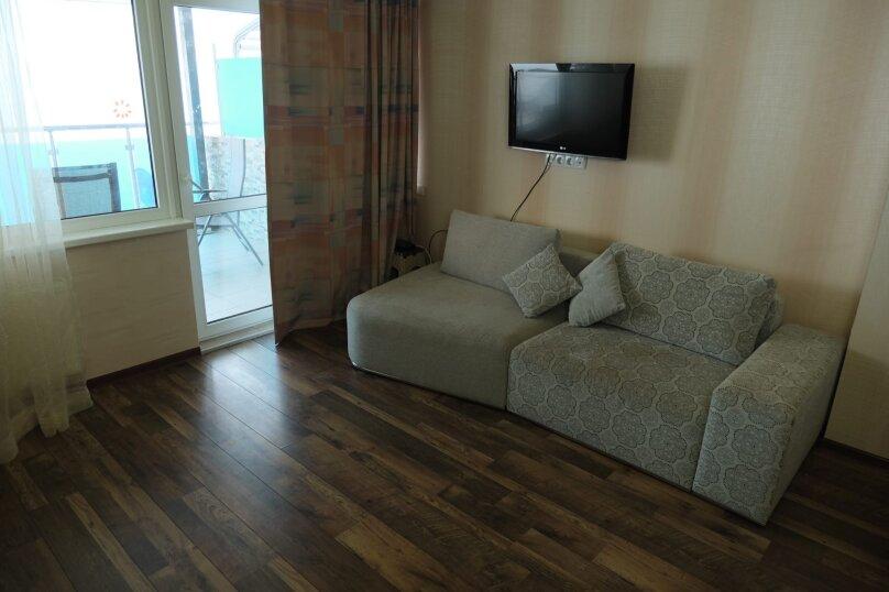 2-комн. квартира, 108 кв.м. на 8 человек, улица Багрова, 12, Алушта - Фотография 8