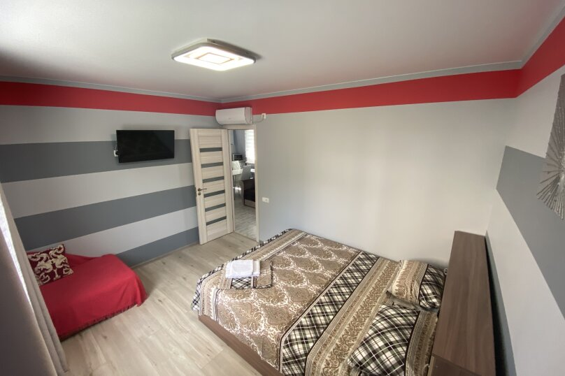 Дом, 100 кв.м. на 8 человек, 2 спальни, улица Соловьёва, 14Р, Ялта - Фотография 4