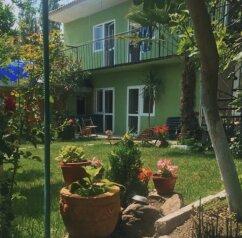 Гостевой дом «у Лейлы», Садовая улица, 9 на 8 комнат - Фотография 1