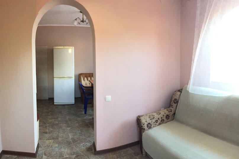 Домик-апартаменты с отдельным входом на 6-7 гостей, 75 кв.м. на 6 человек, 2 спальни, улица Ленина, 49Г, Морское - Фотография 8