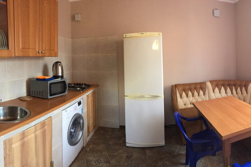 Домик-апартаменты с отдельным входом на 6-7 гостей, 75 кв.м. на 6 человек, 2 спальни, улица Ленина, 49Г, Морское - Фотография 9