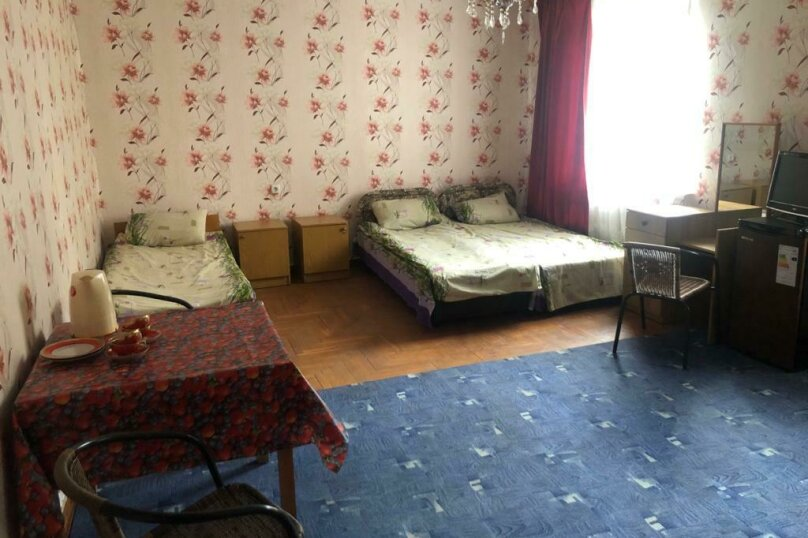 """Гостевой дом """"Аврора"""", улица Авроры, 2 на 6 комнат - Фотография 11"""