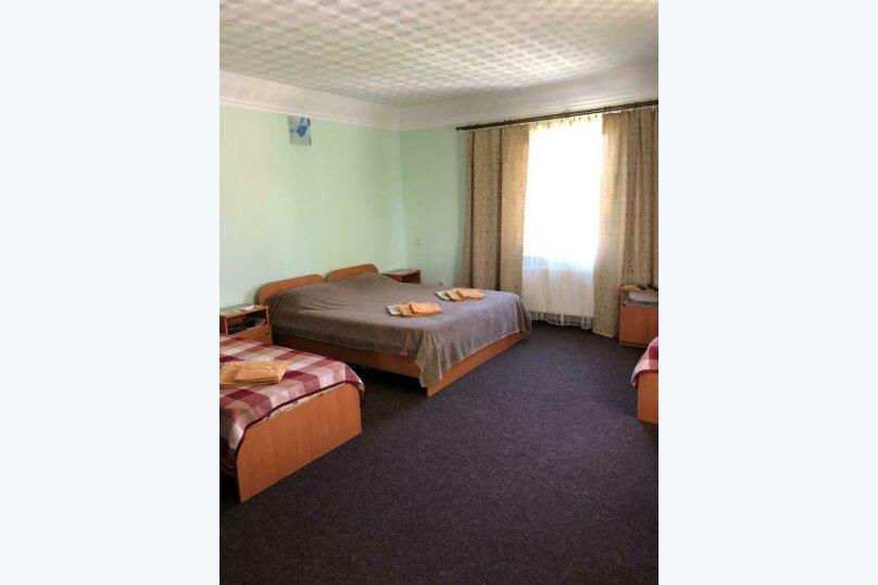 Семейный 2-х комнатный, улица 54-й Артбатареи, 8, Николаевка, Крым - Фотография 13