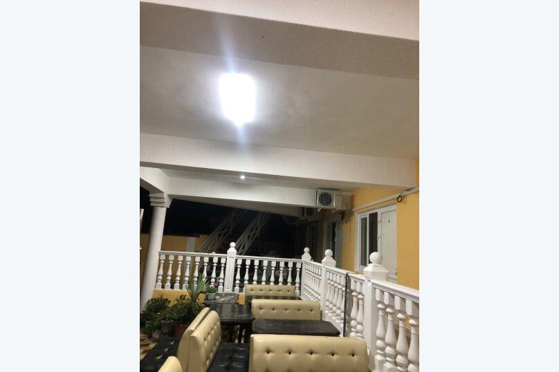 """Гостевой дом """"Южная Ночь"""", Зелёная улица, 22 на 11 комнат - Фотография 4"""