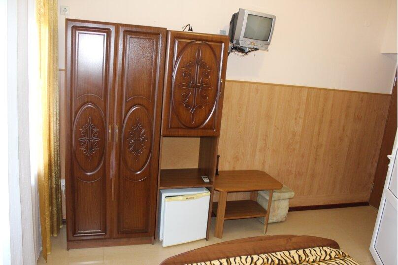 "Гостевой дом ""На Тургенева"", улица Тургенева, 84 на 16 комнат - Фотография 24"