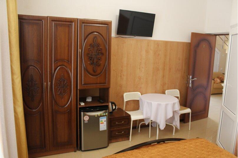 "Гостевой дом ""На Тургенева"", улица Тургенева, 84 на 16 комнат - Фотография 16"