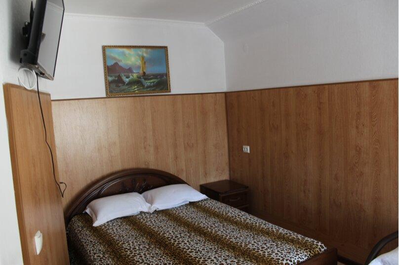 "Гостевой дом ""На Тургенева"", улица Тургенева, 84 на 16 комнат - Фотография 10"