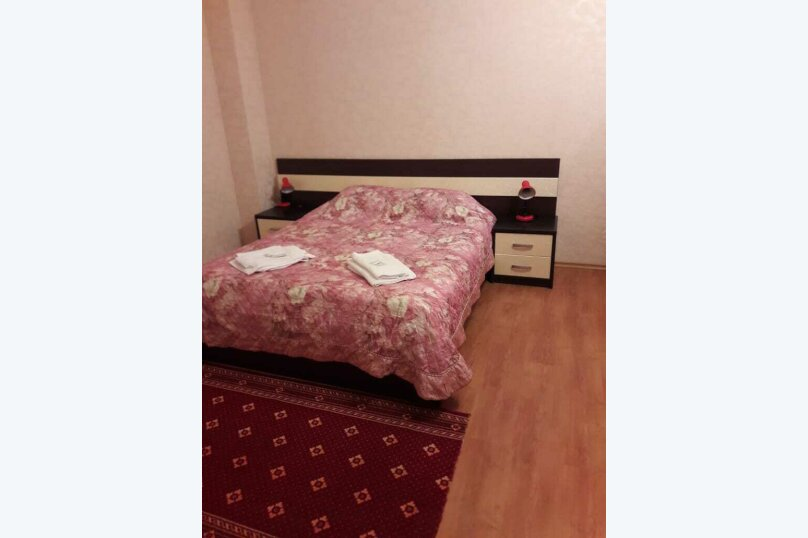 Люкс двухкомнатный без питания, Черноморская улица, 208, Витязево - Фотография 1