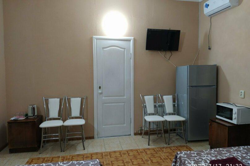 """Гостевой дом """"Роза Ветров"""", Новая улица, 79 на 11 комнат - Фотография 42"""