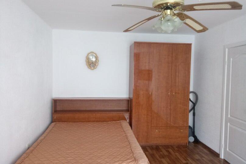 1-комн. квартира, 38 кв.м. на 4 человека, проспект Ленина, 105, Новороссийск - Фотография 2