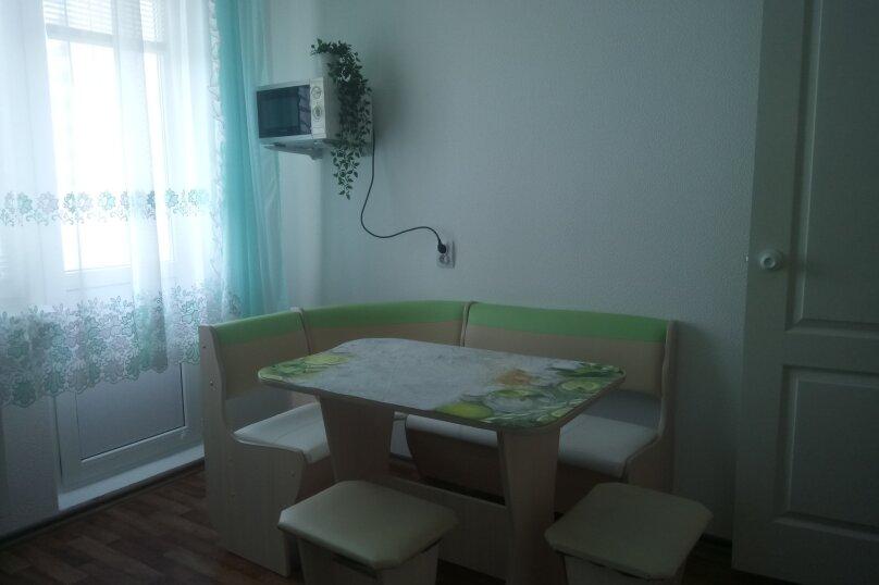 1-комн. квартира, 38 кв.м. на 4 человека, проспект Ленина, 105, Новороссийск - Фотография 9