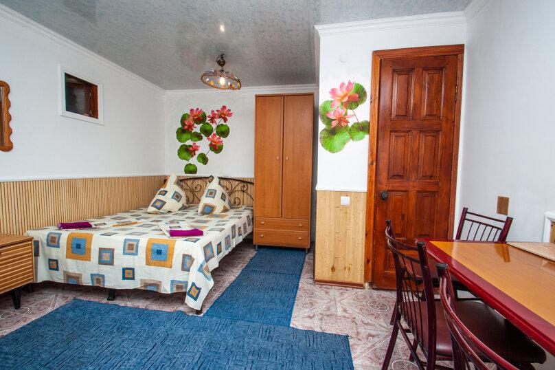 Цокольная комната, Десантников, 7, Коктебель - Фотография 1
