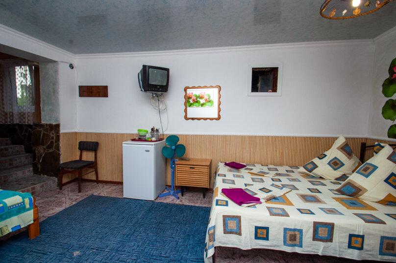 """Гостевой дом """"Александры и Александра"""", Десантников, 7 на 14 комнат - Фотография 39"""