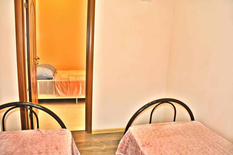 """Гостевой дом """"Надежда"""", Берёзовая улица, 2 на 16 комнат - Фотография 27"""