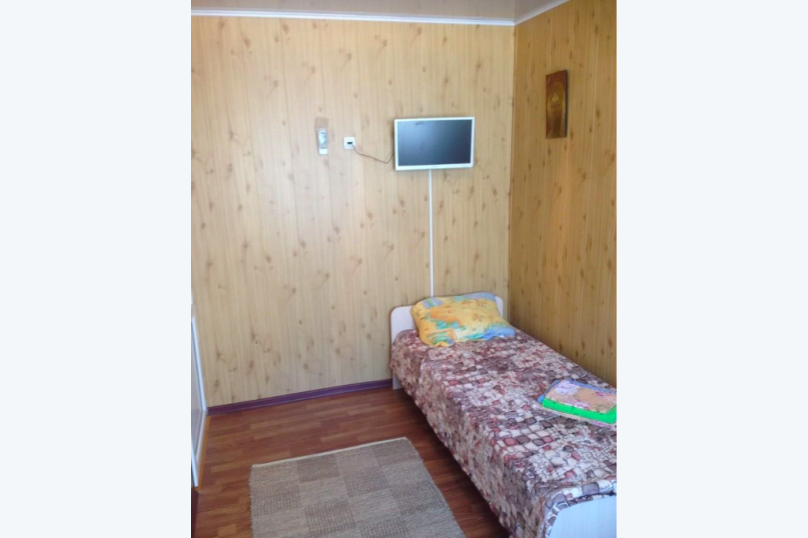 Отдельная комната, Западная улица, 20, ПК Кавказ, Голубицкая - Фотография 1