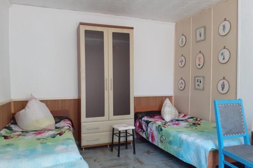 """Гостевой дом """"Людям мило - у Людмилы"""", 3-я линия, левая часть на 5 комнат - Фотография 49"""